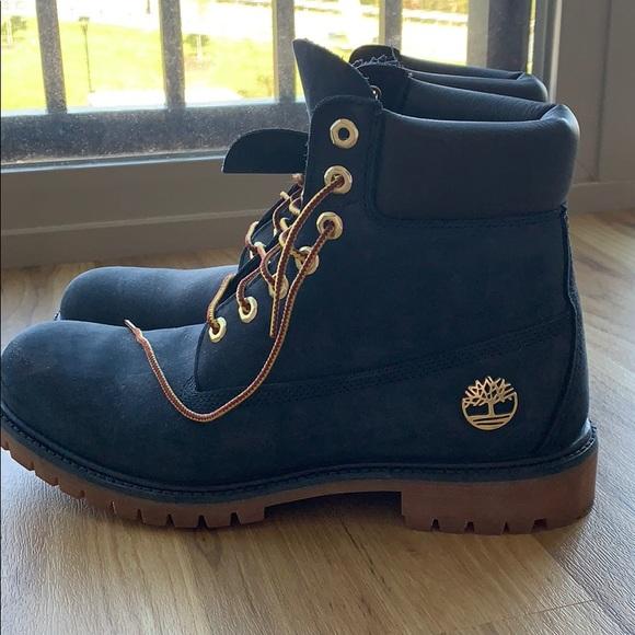 26ab094f3736 Men s 9.5 Timberland Boots. M 5bb11225409c15db35d9500a